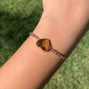 Elastic heart bracelet with crystals 💚